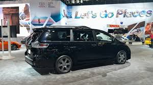 toyota s 2018 toyota sienna gets a minor facelift some much needed tech