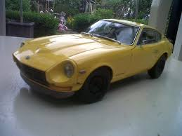 custom nissan 240z yellow datsun 240z dx custom model tuner shop diecastxchange