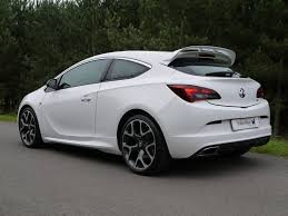 vauxhall astra vxr used summit brilliant white vauxhall astra for sale leicestershire