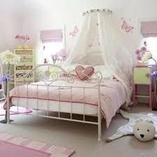chambre de princesse pour fille décoration d une chambre de princesse archzine fr