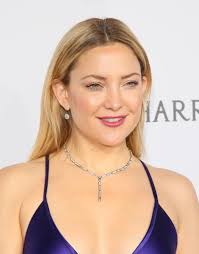 kate hudson shines in harry winston at the kaleidoscope ball