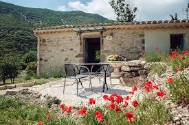 chambre d hotes nyons chambre d hôtes en drôme provençale provence