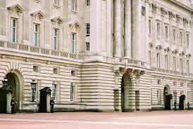 buckingham palace accentbritain