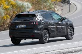 nissan dualis 2013 nissan qashqai next gen to get new 1 2 litre turbo four cylinder
