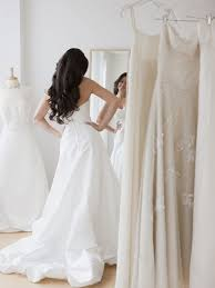 how to become a bridal consultant what to wear when trying on wedding dresses