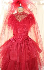 lydia beetlejuice wedding dress lydia deetz wedding dresses pictures ideas guide to buying