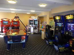 howard johnson anaheim hotel is family fun near disneyland