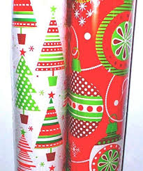 reversible christmas wrapping paper 25 ft x 20 ft reversible christmas wrapping paper total 100 sq ft 2