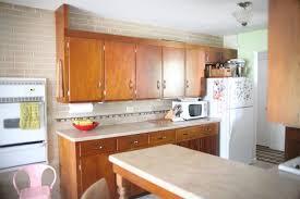faux brick kitchen backsplash 5 chic diy brick and faux brick kitchen backsplashes shelterness