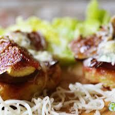 cuisiner banane plantain recette petites pizzas de banane plantain à la fourme d ambert et