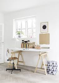 bureau avec treteau un bureau scandinave pas cher