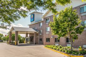 Comfort Inn Southeast Denver Clarion Hotels In Aurora Co By Choice Hotels