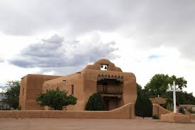 adobe style home steve chambers visits o keeffe s home and studio at abiquiu