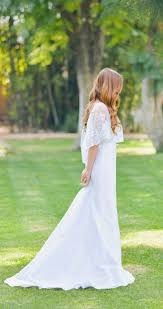 wedding dress etsy 13 etsy wedding dress stores whose gowns we fell in with
