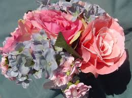 Fake Flowers For Wedding 6 Reasons To Choose Silk Flowers For Your Wedding Bouquet