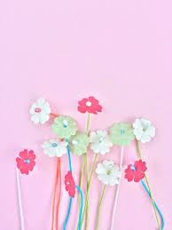 Make Your Own Paper Flowers - diy paper flower stamensmaritza lisa