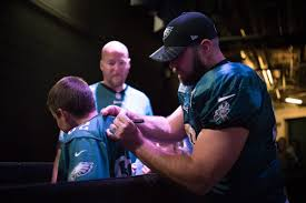 chambre d h e nancy eagles trade popular snapper jon dorenbos to saints for draft