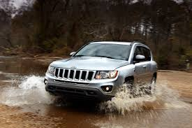jeep grand cherokee mudding 2011 jeep compass officially unveiled with a better face the