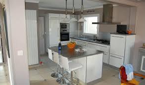 cuisine blanche avec ilot central cuisine aménagée réalisations brieuc