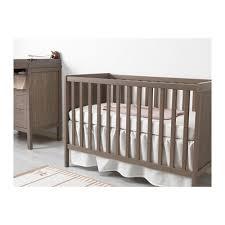 chambre bebe ikea complete sundvik lit bébé gris brun idée chambre bébé ikea et idée chambre