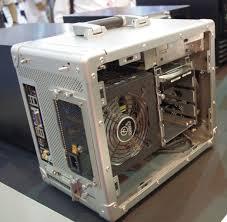 computex 2011 the u0027suit u0027 case from lian li