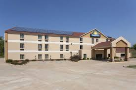 days inn jefferson city jefferson city hotels mo 65109 2066