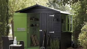casette ricovero attrezzi da giardino casetta da giardino in legno o pvc casetta da giardino