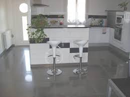 parquet flottant cuisine sol stratifie castorama avec parquet stratifi et plancher leroy