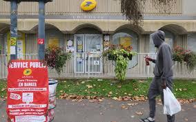 bureau de poste montr l ris orangis courcouronnes bondoufle les usagers de la poste
