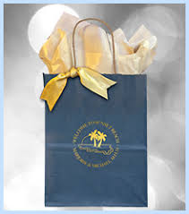 wedding hotel welcome bags personalized wedding welcome bags favors you keep classic