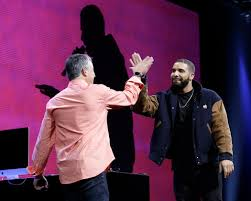 apple music is strong on design weak on social networking the the musician drake right with eddy cue a top apple executive during a developer conference in june where apple music was introduced
