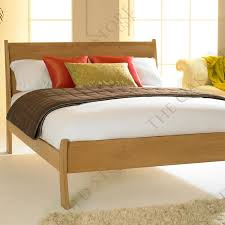Oak Bed Best 25 Solid Oak Beds Ideas On Pinterest Oak Beds Oak Bed