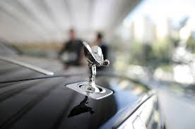 rolls royce hood ornament how rolls royce got its lady hood ornament that has endured since