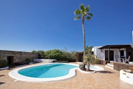 Cottages To Rent With Swimming Pools by Rental House In Lanzarote