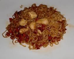 cuisiner des pates chinoises recette de nouilles chinoises au poulet et sauce soja les recettes