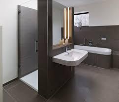 moderne badezimmer mit dusche und badewanne ideen schönes moderne badezimmer mit dusche und badewanne dusche