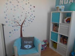 coussin chambre enfant chambre garçon photo 2 18 sticker arbre et coussin personnalisé