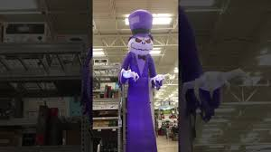 Airblown Halloween Inflatables by 16 Foot Tall Short Circuit Reaper At Lowes 199 00 Halloween