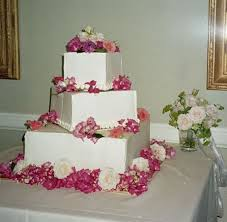 wedding cake decoration wedding flower arrangements centerpieces and wedding cake