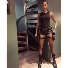 Lara Croft Tomb Raider Halloween Costume Fashion U0027s Guide Halloween Costumes