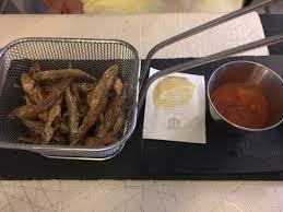 la cuisine de comptoir poitiers le cornet de friture de petits poissons d eau douce condiment