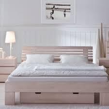 Natursteinwand Wohnzimmer Ideen Gemütliche Innenarchitektur Bett Kopfteil Idee Schlafzimmer