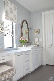 White Walls Grey Trim by Best 25 Blue Grey Walls Ideas On Pinterest Bathroom Paint