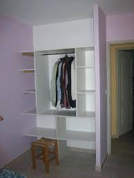 faire la chambre creer un placard dans une chambre faire placards sous combles