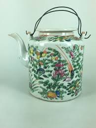 canton porcelain a canton porcelain teapot china 2nd half of 19th century catawiki