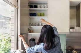 how to remove old shelf liner from cabinets