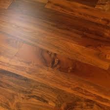 Oak Veneer Laminate Flooring Kronoswiss Swiss Prestige Utah Walnut Laminate Flooring D2303wg