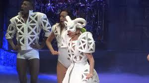 Lady Gaga Bad Romance Lady Gaga Bad Romance Live Montreal 2013 Hd 1080p Youtube