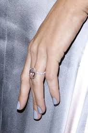 Beyonce Wedding Ring by Best 25 Beyonce Engagement Ring Ideas On Pinterest Beyonce