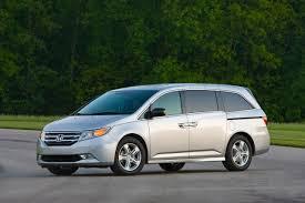 volvo minivan the safest cars nine models including toyota highlander volvo
